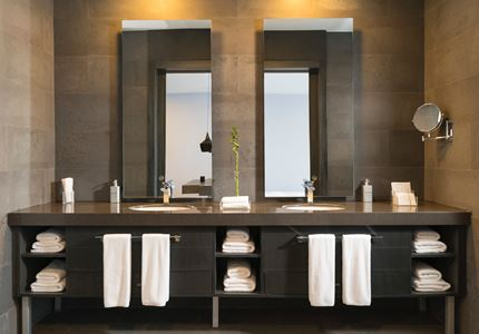 Photo Of Mirrors In Bathroom 2507016